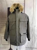 cepler toptan satış-Sıcak Satış Kanada Moda Coat Soğuk Önleme Erkek Kış Coat ceketler Yıldız Aynı Stil Erkek Tasarımcı Palto Cep Dekorasyon