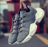 высокая обувь студент оптовых-Горячие бренд мужской моды кроссовки высокие кеды кокосовая обувь Открытый путешествия кроссовки Студенческая обувь Бесплатная доставка