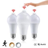 мигающая свеча оптовых-Night Light LED светодиодные лампы PIR датчик движения AC 85-265 B22 E27 Лампа Лампа 12W 15W 18W 20W зари до зари Свет для дома