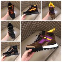 diseñadores de textiles al por mayor-Con caja 2019 Nuevo BOTÍN DE TOBILLO HIKING para hombre al aire libre con mezcla de cuero nobuck y gamuza y zapatos de diseño con cordones de tela alta 38-46