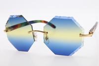 ingrosso occhiali da sole blu rettangolo-Vendita all'ingrosso occhiali di marca di fascia alta scudo 4189706 occhiali da sole in legno scolpito senza bordi rettangolo unisex occhiali in legno pavone intagliato blu lente gialla
