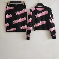 pullover stricken für frauen großhandel-2019 Designer Black Logo Letter Print Stricken 2 Stück Sets Damen High End Short Sweaters And Skirts Damen Sets 9921