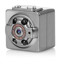 tv-cams großhandel-TYIYEWH SQ8 Batteriebetriebene Minikamera Tragbare HD 1080P Recorder DV Nachtsicht Micro Cam Sport DV Camcorder Unterstützung TV Out