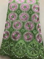 bordado de algodão suiço de algodão venda por atacado-5 Metros Bonito verde e rosa projeto da flor tecido de algodão africano e strass suíço voile lace bordado para o vestido LC11-7