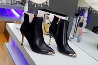 botas vermelhas de salto alto venda por atacado-Internacional de couro das mulheres designer de moda sapatos de salto alto inverno novo vermelho preto vestido de festa modelo de noiva sapatos 35-39 tamanho