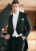 trajes de etiqueta negro esmoquin al por mayor-Nuevo estilo Tailcoat Groom Tuxedos Black Best man Peak Satin Lapel Groomsman Hombres Trajes de boda Novio (chaqueta + pantalón + corbata + chaleco) 108