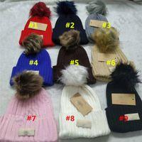 kabarık kapaklar toptan satış-Kış Sıcak Kabarık Topu Yapay Pompon Örme kasketleri Şapka Avustralya UG Unisex Bonnet Kayak Şapka Gorro Tığ Şapka Kafatası C102208 Caps