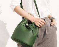 Wholesale fiber leather resale online - Designer Handbags Wallets Luxury Fashion Vintage Handbags Women bags bucket bag Crossbody and Shoulder Bags