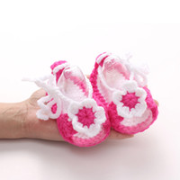Wholesale cute moccasins resale online - 2018 Cute First Walkers Crib Crochet Flower Casual Handmade Knit Woolen Baby Moccasins Baby Shoes Sapatos Infantil Menina Menino
