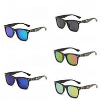 ingrosso occhiali stampati-Occhiali da sole Shark Camouflage Stampa Eyewear Uomo Personalità Colori a raggi ultravioletti Mix Outdoor Protezione solare Popolare 3 5gt F1
