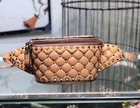 fanny leather al por mayor-Clásicos bolso de la cintura de las mujeres de los pernos prisioneros de los remaches de la cintura del paquete de Fanny bolsas Bolsas diseñador de moda de terciopelo correa de cuero de pecho bolsas bolso crossboy