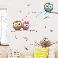 hibou branche murale achat en gros de-Cartoon Owl famille sur chambre Branches d'arbres Stickers muraux pour bébés enfants Infant Décor plumes colorées Papier peint Poster Art T191004