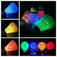 gänsefeder badminton großhandel-Shine Badminton Luminous Shuttlecock Led Gänsefederball Widerstand Geschicklichkeit Werbegeschenke Gelb Blau 1 99dy C1