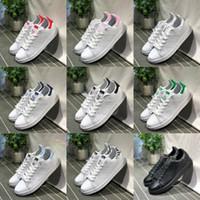 bottes de cuero al por mayor-adidas Stan Smith Nuevos originales Stan Smith Zapatos Barato Mujeres Hombres Casual Cuero Superestrellas Zapatillas de deporte Monopatín Punzón Oro Blanco Azul Stan Smith Zapato