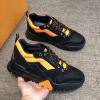 zapatos de senderismo para hombre bajo al por mayor-Alpinista de lujo diseñado zapatillas de deporte para hombre, zapatos de diseñador para caminar, zapatillas de tobillo, zapatillas bajas de gamuza al aire libre con caja