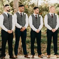gri balo kıyafeti toptan satış-Gri Damat Yelekler Yün Balıksırtı Tüvit Groomsmen Yelek Slim Fit Erkek Elbise Kıyafet Suit Yelek Balo Düğün Parti Yelek