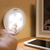 semáforos interiores al por mayor-LED Luz del gabinete Luz nocturna Control remoto Lámpara de pared para interiores regulable Blanco Adecuado para maletero, pasillo, armario