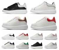 бесплатная доставка обувь италия оптовых-Италия 2020 Chaussure Бесплатная доставка Роскошные дизайнерские кроссовки платформы тренеры с коробкой 3 м светоотражающие Повседневная обувь мужчины женщины мода Золотой