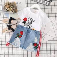 nuevos diseños de faldas al por mayor-2 unids / lote verano nuevo diseño bordado rosa flor niños top corto + falda de mezclilla moda boutique niños traje niños ropa conjuntos