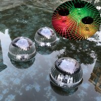 piscine d'eau led achat en gros de-Énergie solaire flottant étang Lumière Piscine Changer de couleur de l'eau Lampe LED Ampoule magique Cour Piscine Décoration ZZA1235 60PCS