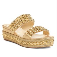 rote bequeme sandalen großhandel-Top Design Red Bottom Schuhe für Frauen Komfortable Casual Sandale Wedge Slide Sandale Gold Studs Echtes Leder Wedges Pumps 35-42