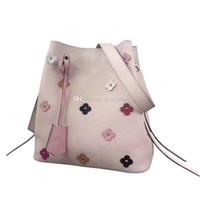 saco de balde de botão venda por atacado-2018 Popular Pink Lady Bolsa De Ombro De Couro Com Flores Decoração Top Encerramento Com Botão Snap Em Forma De Um Balde Grande