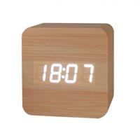 ingrosso display a temperatura led-Moderno orologio a LED Display di temperatura creativa Suoni di controllo elettronico LED sveglia Orologio in PVC Home Decor