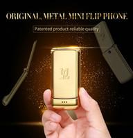 rádio móvel de banda dupla venda por atacado-Desbloqueado V9 Mini Flip Mobile Phone 1.54