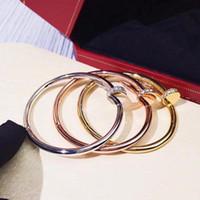 азиатский браслет 18k комплект оптовых-Фахе Классические Гвозди из азиатского золота браслетов с бриллиантами в голове и хвостом, гальваническое золото не угасли.