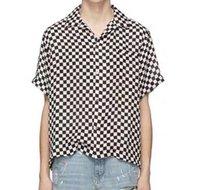 camisas a cuadros negro para los hombres al por mayor-19SS Camiseta europea de lujo High Street Estilo retro Blanco y negro Plaid Manga corta Parejas Mujeres Hombres Camiseta de diseño HFKYTX017