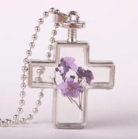 ingrosso la resina attraversa le collane-Collana con ciondolo a fiori secchi Collana di girocollo in resina di cristallo imitazione meravigliosamente elegante Collane di vetro con gioielli a fiori secchi