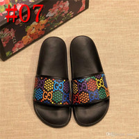 Wholesale 20FW water shoes slides brown casual white slippers metal outdoor men sandals leather summer flat fashion DESIGNER waterproof con19