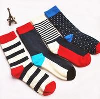 erkekler için renkli çoraplar toptan satış-Adam Orta çorap çizgili nokta renkli spor açık Elmas Avrupa Fon Komik Mutlu Pamuk Plaka Hareket Çorap LJJA3078