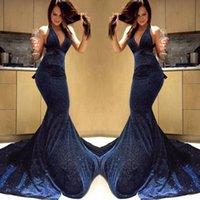 marineblau prom kleider sparkly großhandel-Marineblau Sparkly Mermaid Prom Kleider Tiefer V-Ausschnitt Pailletten Neckholder Sweep Zug Abendkleider Abendgarderobe Vestidos De Fiesta