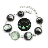 amuletos de luna llena al por mayor-Brillan en la oscuridad Joyas Eclipse lunar Pulsera de luna llena Cúpula Cabujón Cúpula de vidrio Pulseras brillantes Pulsera Pulsera con dijes
