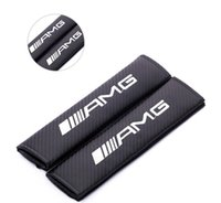 ingrosso volvo posti-Cuscino copri cintura in fibra di carbonio con spallina adatto per FORD KIA MINI MOMO AMG ST STI VOLVO Car Styling 2 Pz / lotto