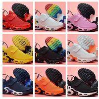 botas de goma para niños calientes al por mayor-hot 2019 TN Kids Boy girl Running Shoes hermosa informe outlet zapatos de goma simples botas Niños niñas Training Sneaker Sneakers mejor en línea
