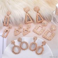 ingrosso nuovi modelli di orecchini-Moda Orecchini geometrici in oro rosa con pendenti Modelli femminili Nuovi brincos Hollow Orecchini pendenti in metallo Gioielli Regalo di Natale