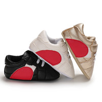 Wholesale background shoes for sale - Group buy Baby Girls Shoes Heart shaped PU Leather First Walkers Soft Background Newborn Baby Boy Sports Sneakers Shoes Kids