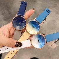 relógios de mulher quartzo de couro venda por atacado-3 cores de luxo relógio dos homens das mulheres designer de relógios de pulso famosa marca de quartzo Relógio de couro real Montre de luxe