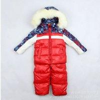 ingrosso giacche di pelliccia del neonato-Nuovo set di abbigliamento invernale per bambini 2018 Boy Girl Baby Kids Tuta da sci Cappotti caldi antivento Giacche in pelliccia + Pantaloni con bretelle set da sci per bambini