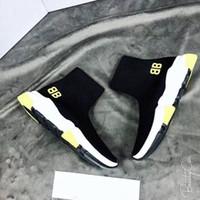 satılık sıcak kadınlar toptan satış-Siyah Çorap Ayakkabı Sarı Taban Tasarımcı Hız Trainer Erkek Kadın Yüksek Top Örgü Çorap Ayakkabı Yeni Renkler 2019 Sıcak Satış Moda Sneakers