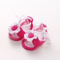 tığ işi bebek ayakkabıları çoraplar toptan satış-İlk Yürüyenler Bebek Yenidoğan Bebek Kız Crochet Örme Çorap Yatağı Ayakkabı Prewalker 0-12 Ay