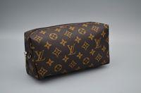 kozmetik çantası pu deri toptan satış-Kadın Seyahat Çantası Tuvalet Kılıfı 21 cm Koruma Makyaj Debriyaj Kadınlar Için PU Deri Su Geçirmez Kozmetik Çantaları kadın + Toz Torbası L518