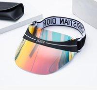 chapeaux d'été ajustables achat en gros de-2019 dernière conception dazzle couleur transparente PVC marque chapeau de soleil été chapeau de lunettes de soleil uv extérieure, taille réglable 56-62cm
