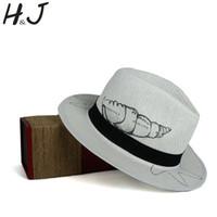 sombreros de pintura de la mano al por mayor-Sombrero de Panamá Para Mujer Sombrero de Sol de Playa de Paja de Verano con Moda 100% Pintado A Mano Concha Señora Reina Homburg Jazz Tamaño 58 CM