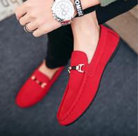 zapatillas de gamuza azul al por mayor-2019 moda para hombre zapatos casuales mocasines primavera nuevo rojo negro azul Suede Slip-on para hombre zapatos de conducción zapatillas al aire libre 39-44