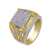 joyería de moda de calidad al por mayor-Alta calidad de Hiphop Micro Pave Rhinestone Bling hacia fuera helada la manera del anillo Gold Filled anillos cristalinos punk de regalo de la joyería de los hombres