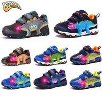 işıklı çocuklar için spor ayakkabıları açtı toptan satış-Dinoskulls Çocuk Parlayan Sneakers Erkek Işık Yukarı Led Çocuk Boys Spor Ayakkabı 27-34 Koşu 3D Dinozor Sneakers Ayakkabı