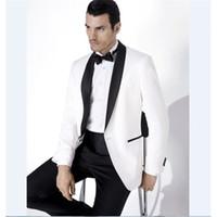novio de esmoquin blanco boda al por mayor-Groomsmen Shawl Satin Lapel Groom Tuxedos White Jacket Pants Black Men Wedding Suit A Best Man (Jacket + Pants + Bow Tie)